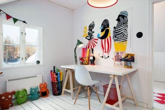É ideal combinar a cadeira com a mesa, principalmente para criar conceitos originais e equilibrados