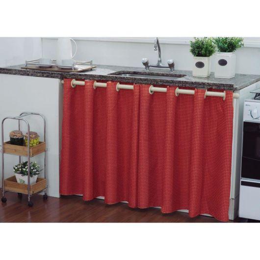 Como fazer cortina: Vermelha para pia