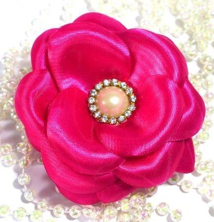 Flor de cetim: Boleada rosa