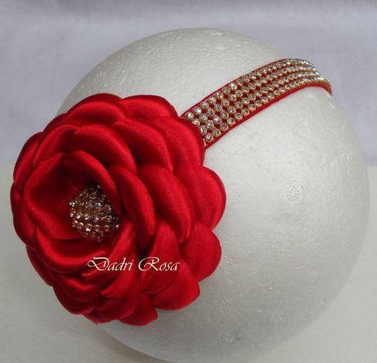 Flor de cetim: Boleada vermelha