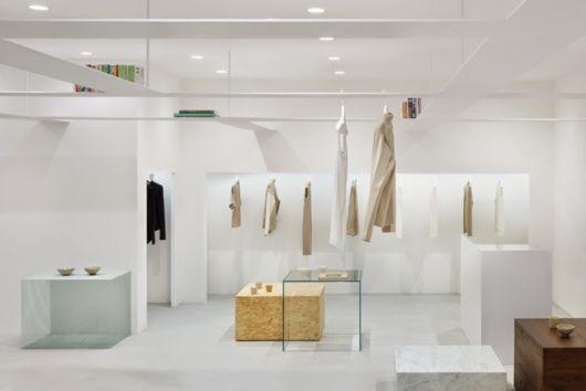 Decoração minimalista para lojas modernas
