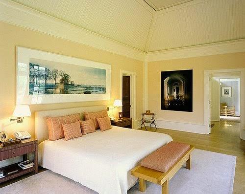 Amarelo claro: que tal investir nessa cor para destacar a decoração do seu quarto moderno?