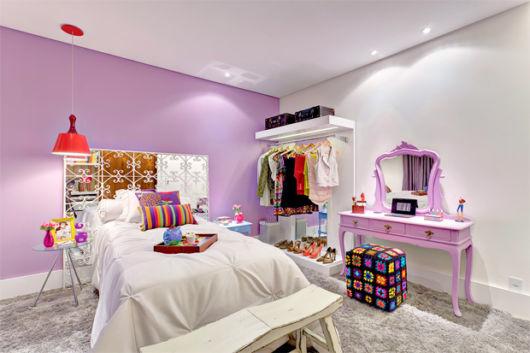 Conceitos da decoração provençal também se destacam em quartos modernos vintage
