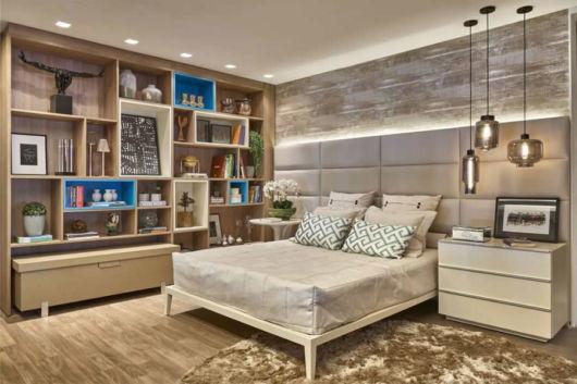 Mantenha a rusticidade nos detalhes decorativos do seu quarto
