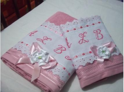 Sugestão de bordado em toalha de casal