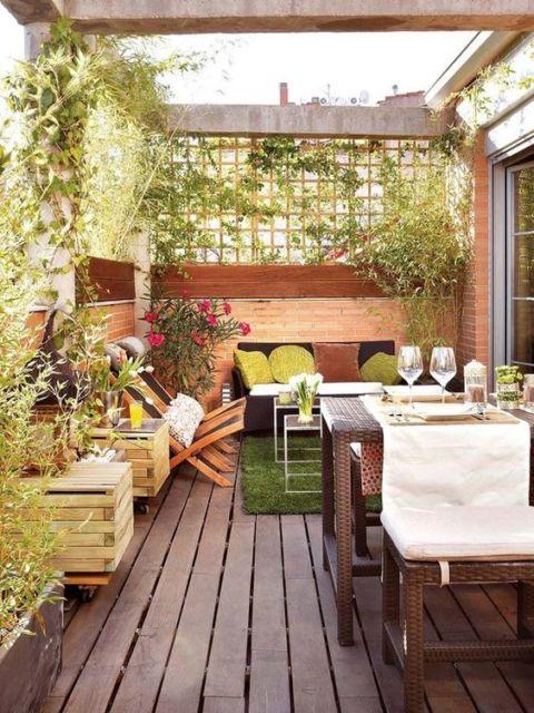 varanda com mesa