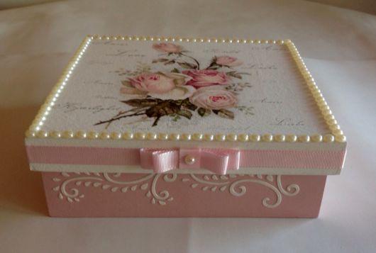 Caixa em MDF em tons de rosa
