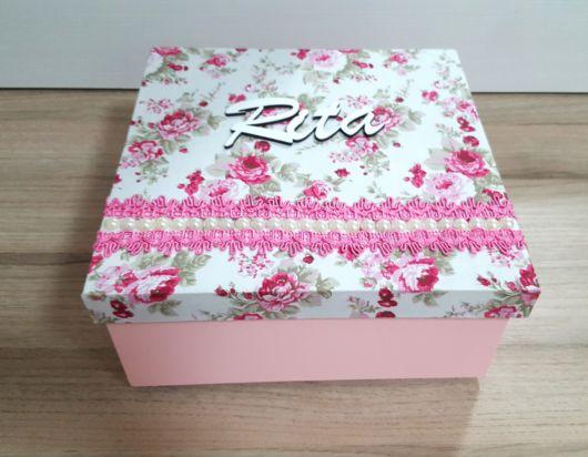 Caixa decorativa de MDF com tampa floral