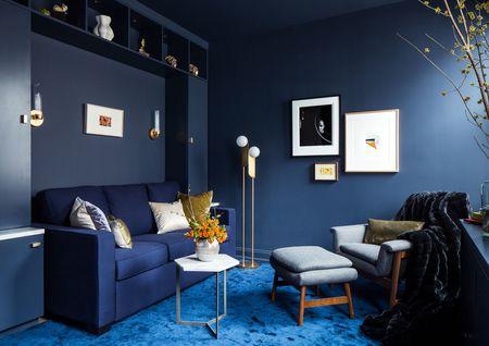 Apostar no monocromático pode aumentar a sensação de espaço da sala