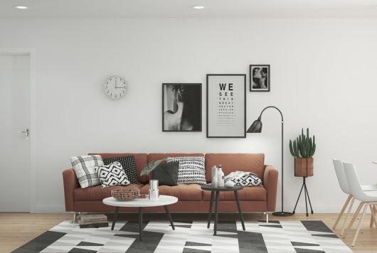 Vale lembrar que há diversos tons de marrom para o sofá