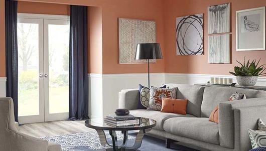 Divida a parede com duas cores para sala pequena