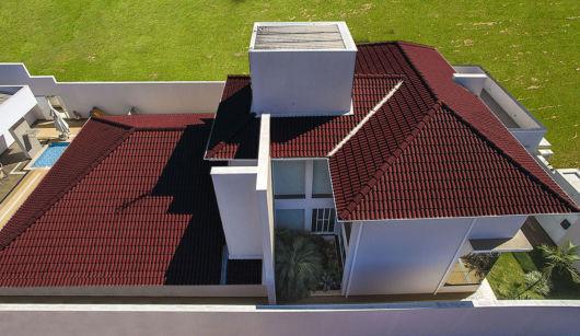 Telhado com telha esmaltada para você se inspirar