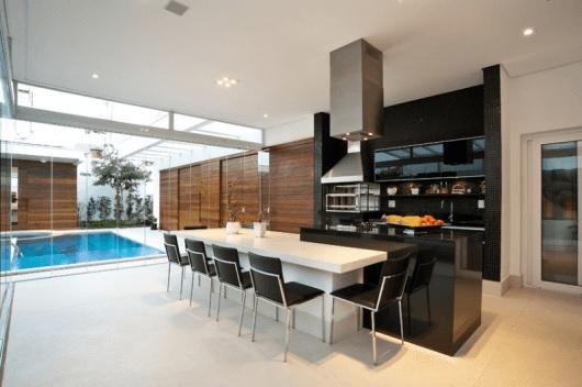varanda moderna com piscina