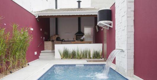 varanda gourmet pequena com piscina