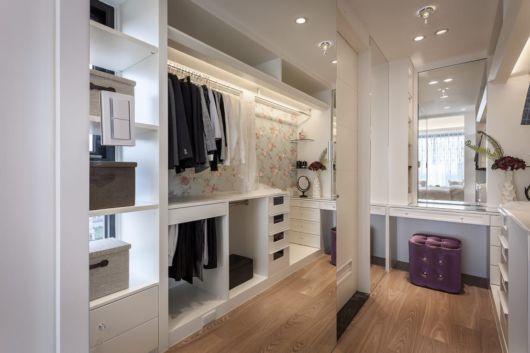 Projeto planejado em um quarto moderno