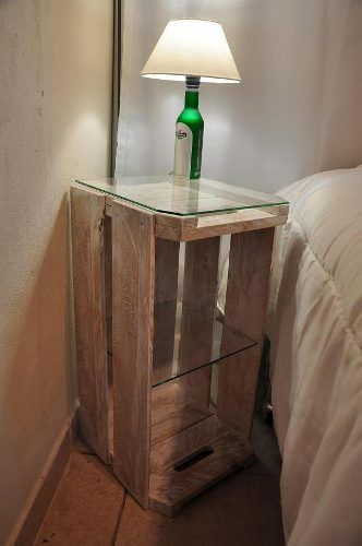 Que tal um modelo alto de caixote com vidro?
