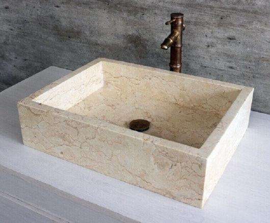 Cuba quadrada essencial para se destacar no seu banheiro pequeno