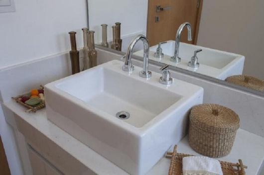 Você pode instalar uma única torneira ou vários tipos de acordo com o tamanho da cuba