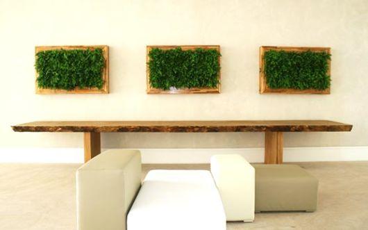 Para quem prefere uma decoração simples e minimalista com os quadros vivos
