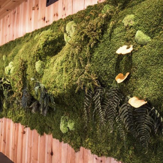 Uma opção enorme e que lembra um verdadeiro jardim em sua parede