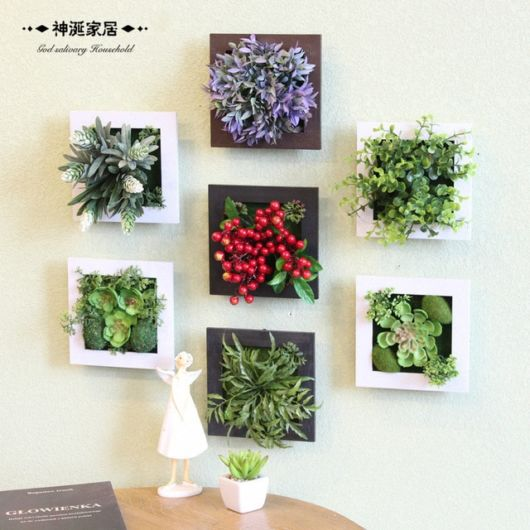 A disposição dos quadros também faz toda a diferença na decoração, criando um cenário perfeito