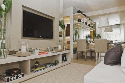 A sala instalada estrategicamente no local junto à cozinha