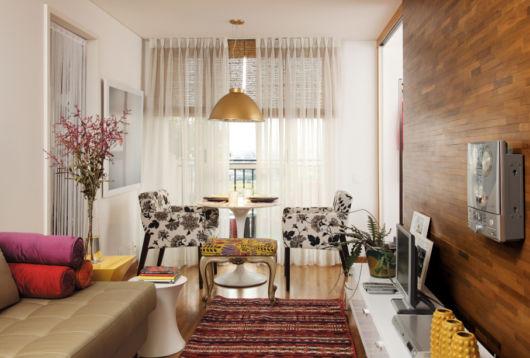 Você pode separar um espaço para a sala de estar e outro para a sala de jantar