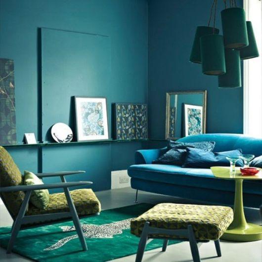 Um tom contemporâneo para deixar a sua sala com uma decoração impecável