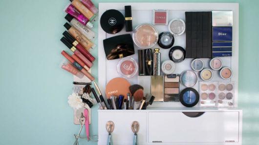dicas de como organizar maquiagem