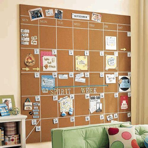 Quadros grandes podem ser customizados, como um grande calendário, por exemplo