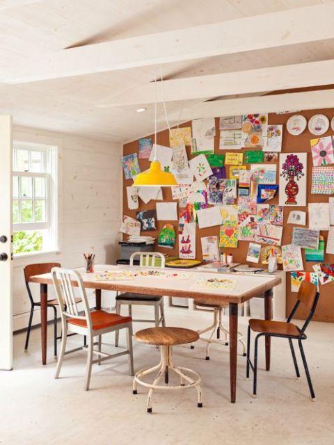 Sua área de trabalho em casa pode contar com essa estrutura funcional e prática