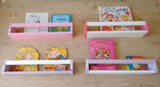 Quatro estruturas juntas para deixar os livros infantis