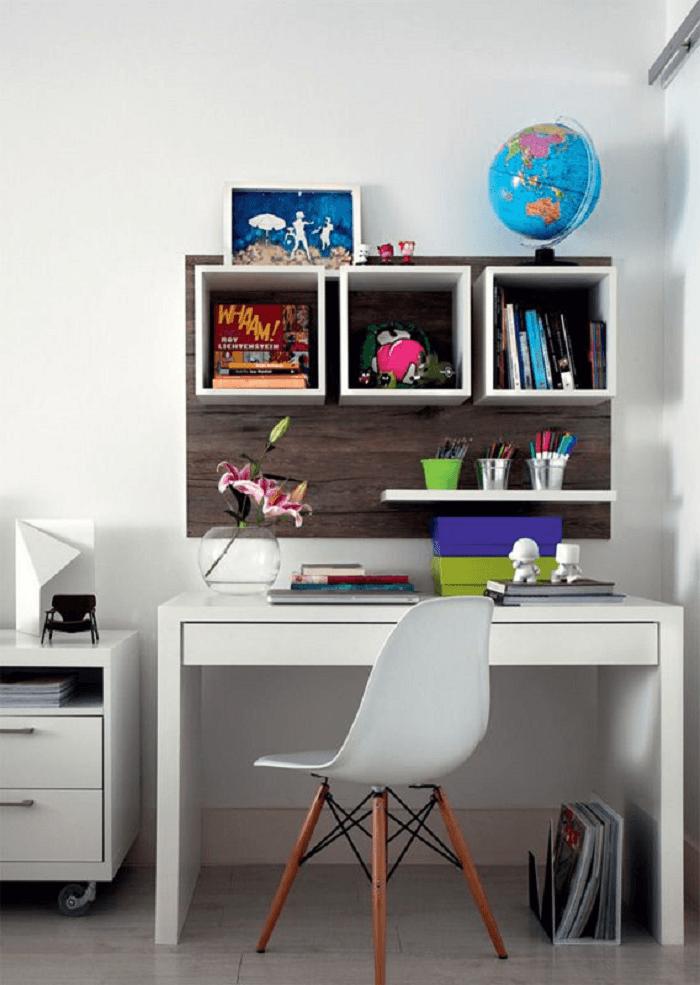 Três nichos regulares para ajudar a organizar o home office