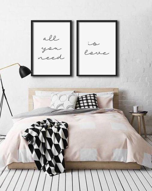 Lindo quadro minimalista para um quarto no mesmo estilo