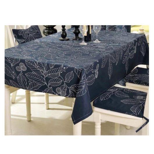 toalha de mesa bordada azul
