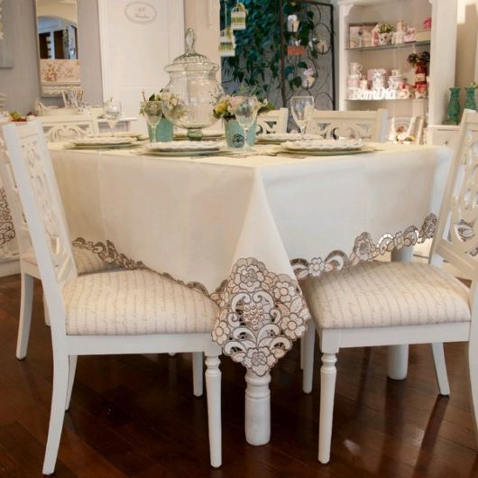 fotos de toalha de mesa bordada