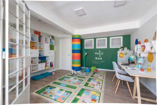 Perceba que todos os espaços podem ser aproveitados, como o piso e as paredes