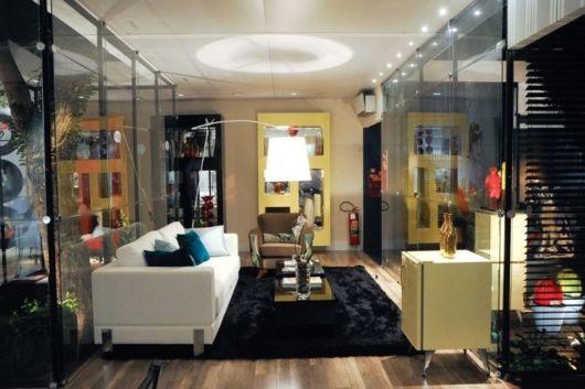Sofisticação em uma linda sala de estar moderna