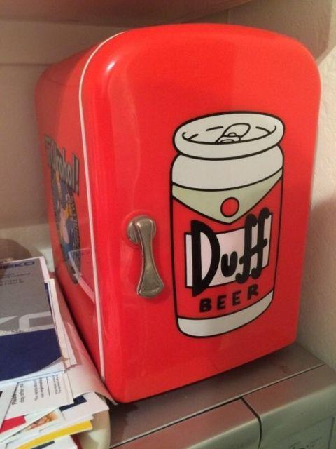 mini geladeira duff