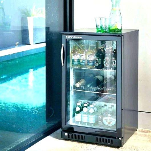 geladeirinha com porta de vidro