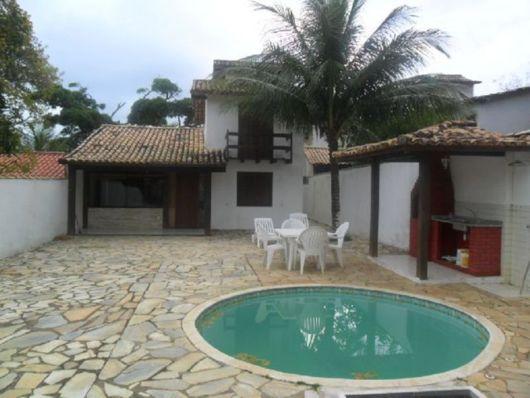 decoração de área gourmet simples com piscina