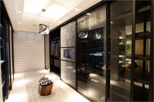 closet luxuoso masculino