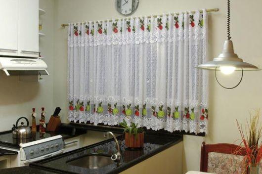 cortina de renda com estampa