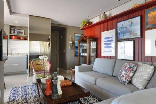 decoração moderna com sofá cinza