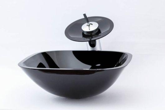Torneira redonda de vidro preto