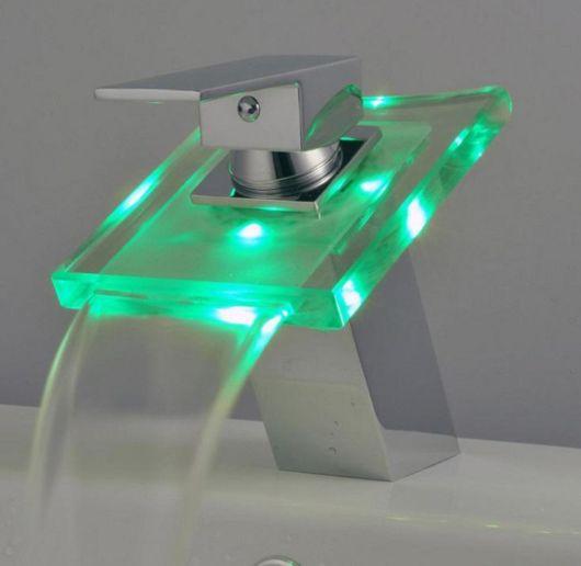 Escolha uma cor de LED que combine mais com a decoração