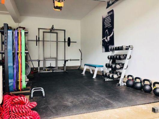 Academia na garagem
