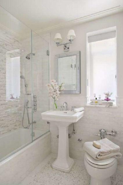 banheiro feminino simples