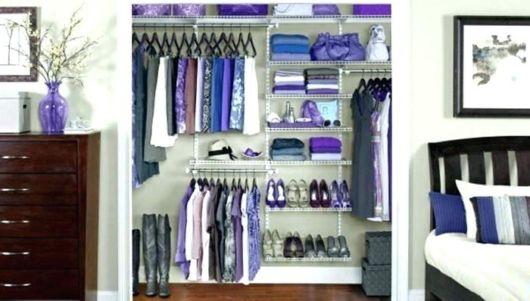 closet suspenso organizado