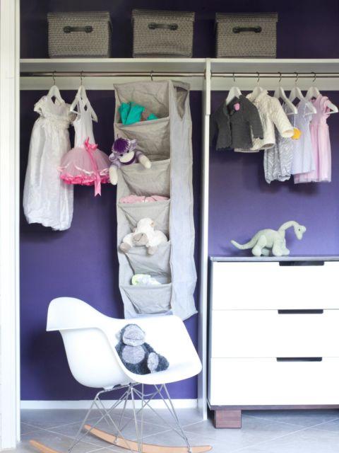 closet suspenso em quarto de bebê